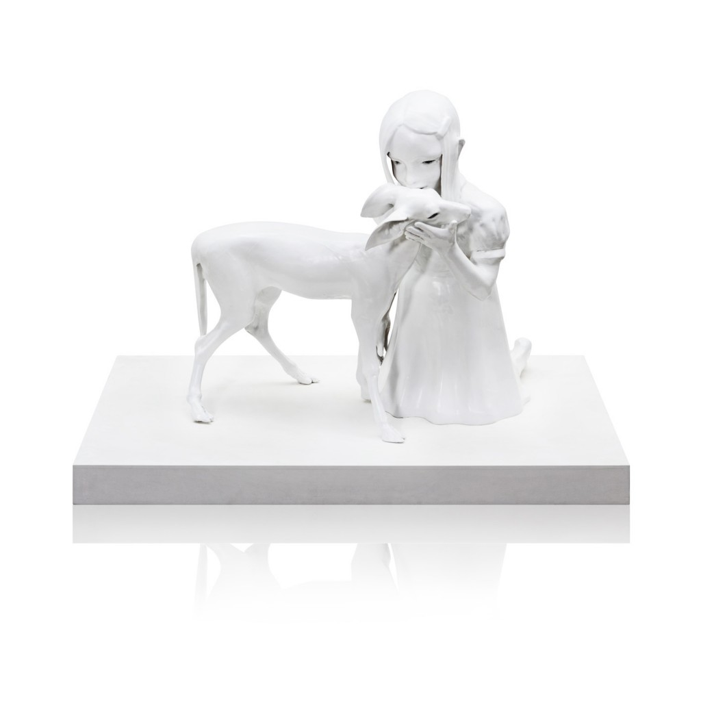 Kim Simonsson. Sacrificial Deer (2015). Ceramic and glass. Size 76 x 63,5 x 76 cm.