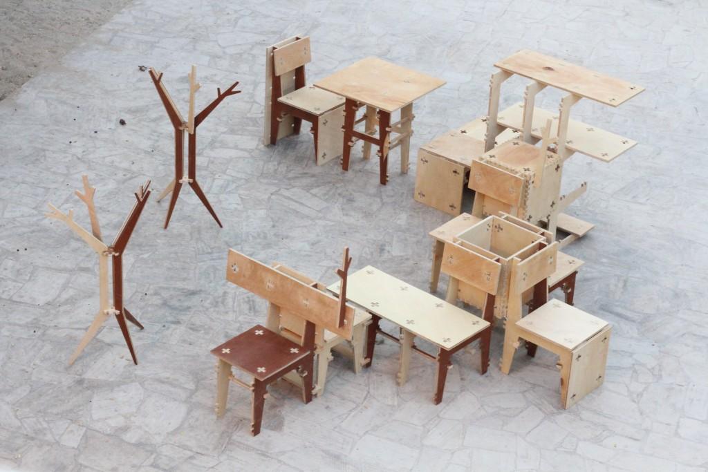 Deconstruction Zone by Henrique Stabile, Colectivo Amor de Madre