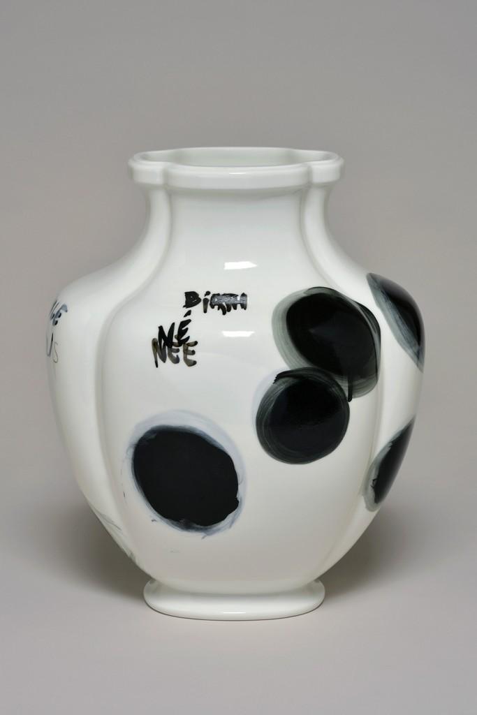 Fabrice Hyber: Trous (2015). Unique piece, porcelain. Size 37 x 30 x 15 cm. Sèvres – Cité de la Céramique at BRAFA 2016.