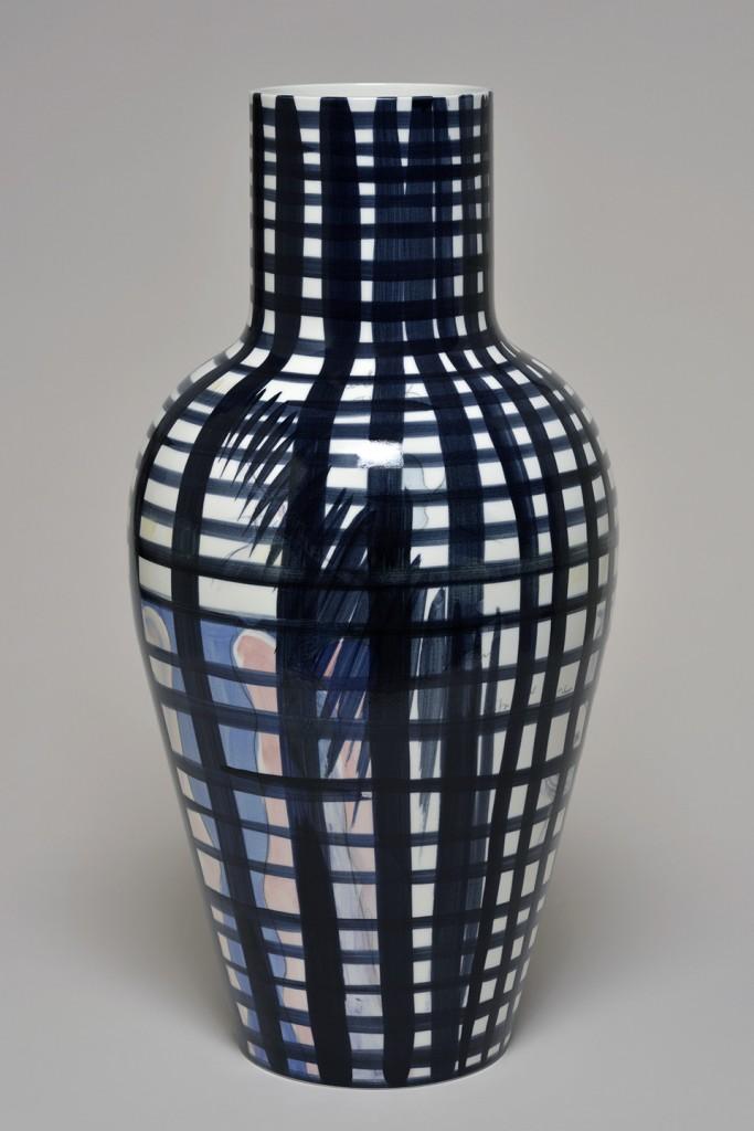 Fabrice Hyber: Silhouette (2015). Unique piece, porcelain. Height 61 cm, diameter 30 cm. Sèvres – Cité de la Céramique at BRAFA 2016.