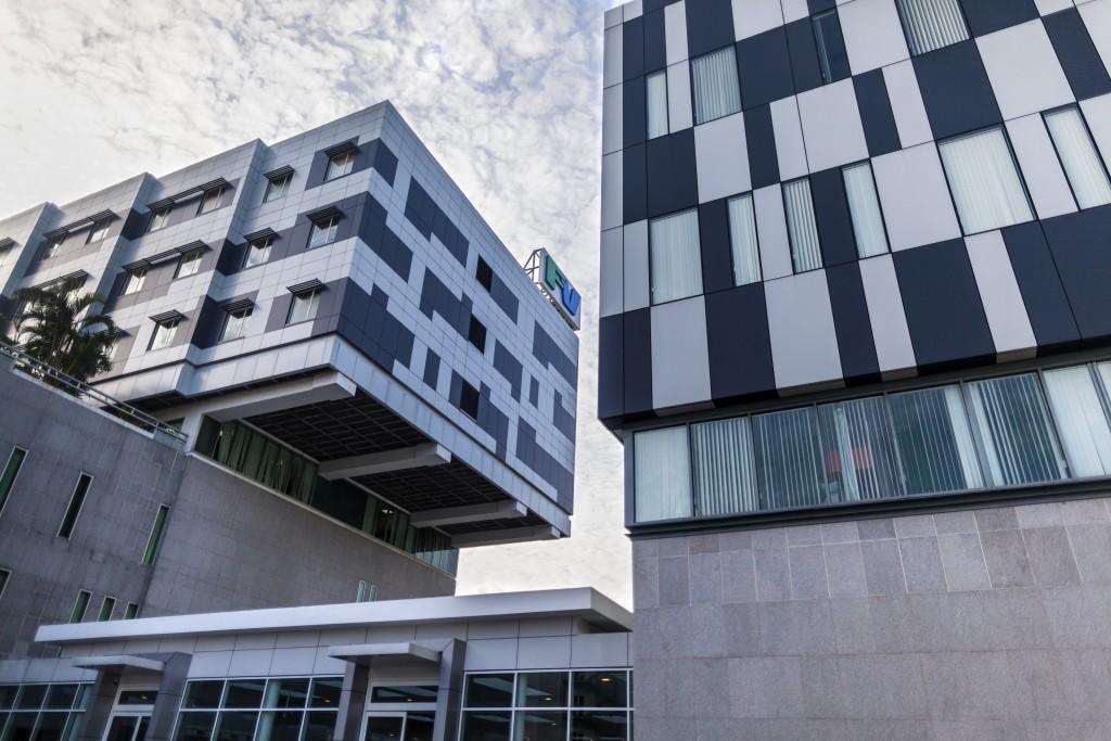 Buildings designed for optimal flow management