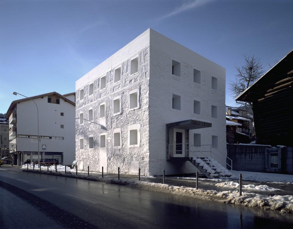 Valerio olgiati tlmagazine for K architecture geneve
