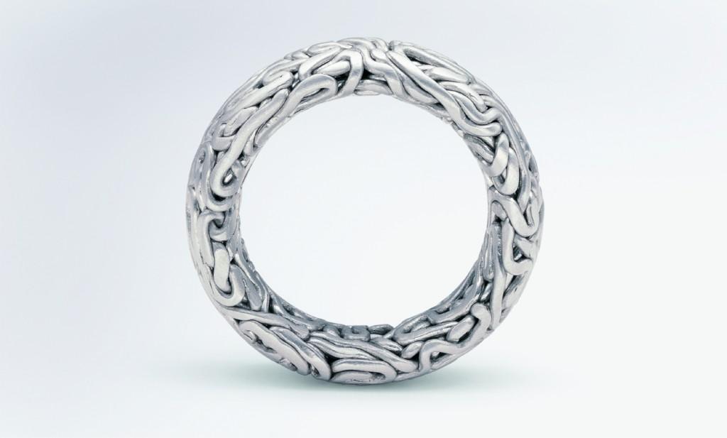 Hubert Verstraeten (BE), Labyrinth, silver rings and pendants, ed. by NIESSING (D), 1994. ©Niessing