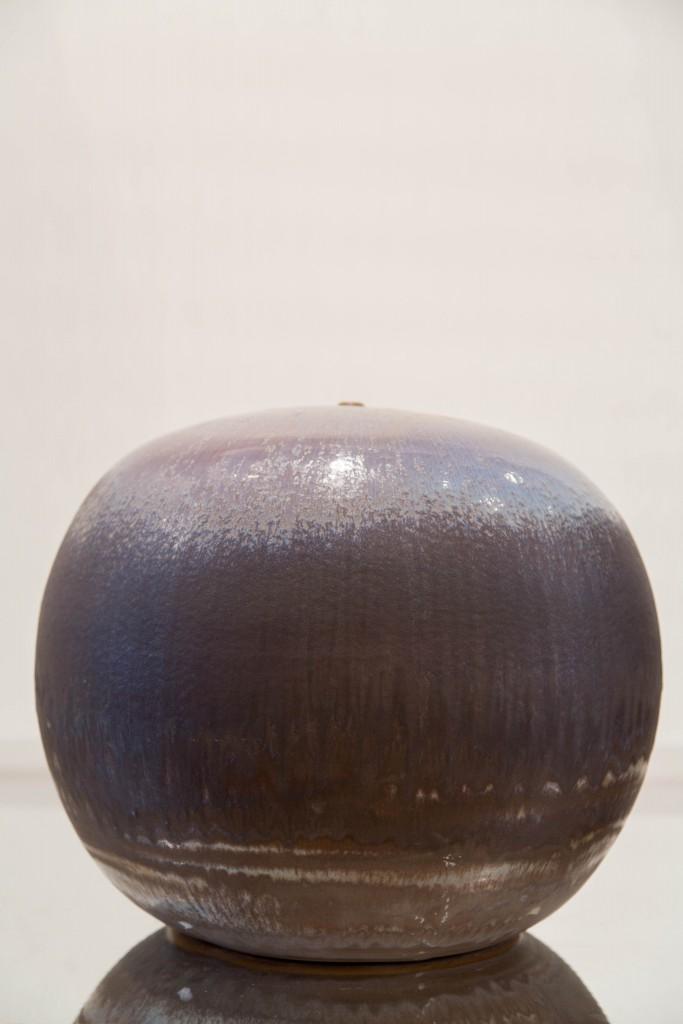Pot bleu mauve: dimensions 26 x 91 cm / 2010