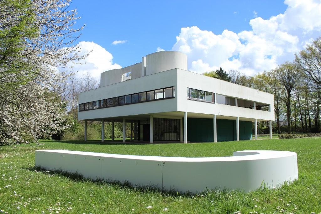 Le Modulaire at Villa Savoye