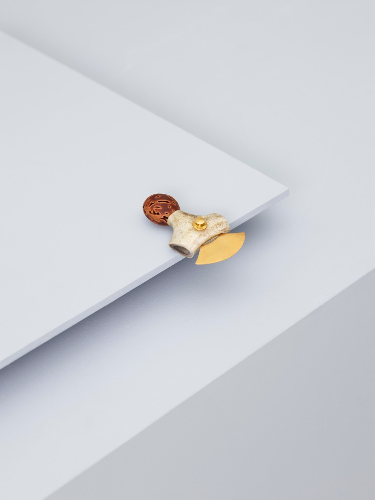 ZETTELER_Everything-Is-Connected_Milan2017_photography-Lasse-Fløde_set-design-Kråkvik&D'Orazio_Andrea-Muribø