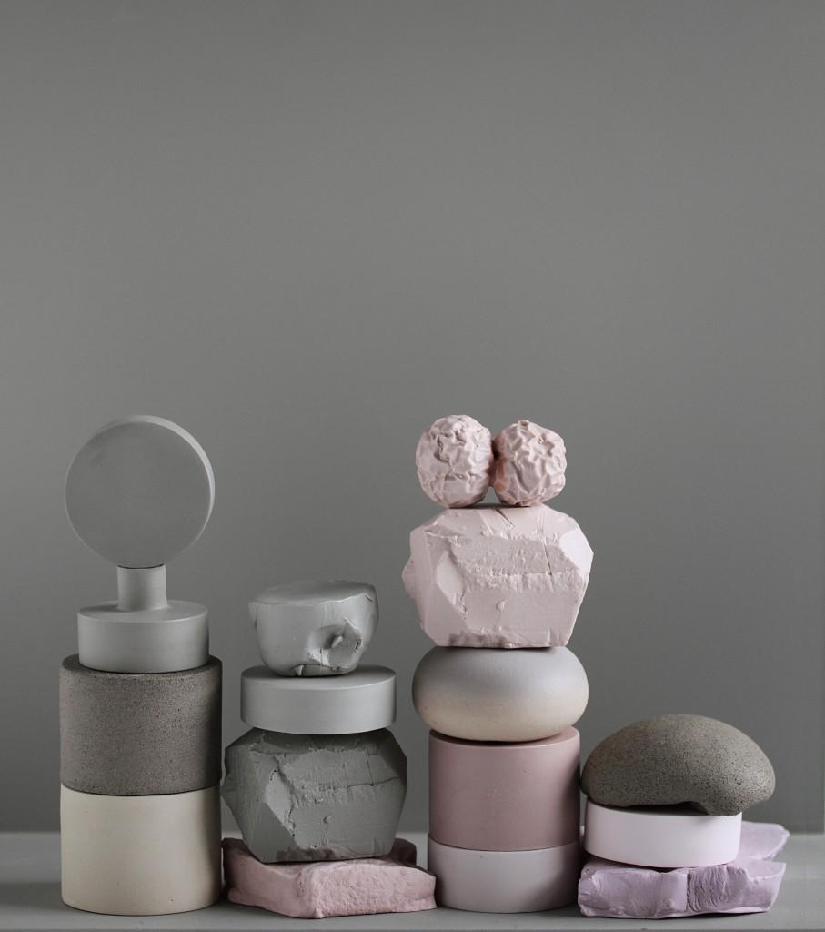 Layers, 2017, parian, aluminium shelf, courtesy Officine Saffi