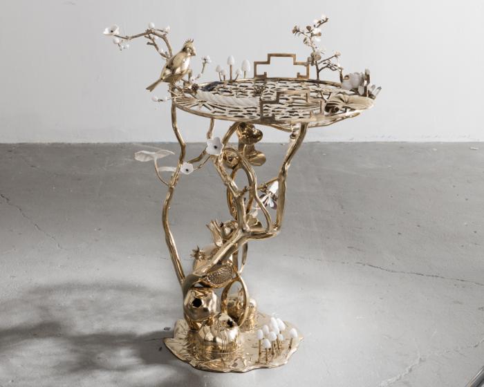 Bower Bird Table
