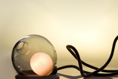 dezeen_28-Series-Desk-Lamp-by-Omer-Arbel-for-Bocci_1
