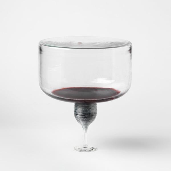 Mariken Dumon Untitled, 2010 Blown glass, nylon wire, wine Photo: Lieven Herreman