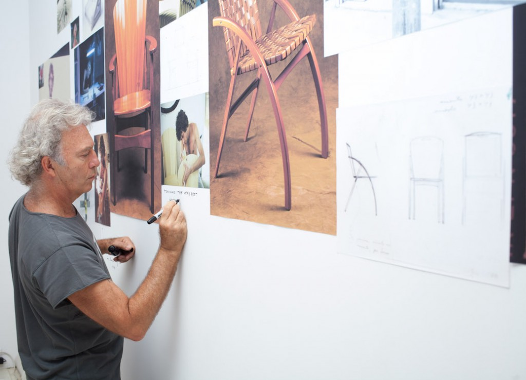 Motta puts the final touches on his live 'book of inspiration' turning Espasso's Tribeca space into a domestic space. Photo Eliseu Cavalcante.