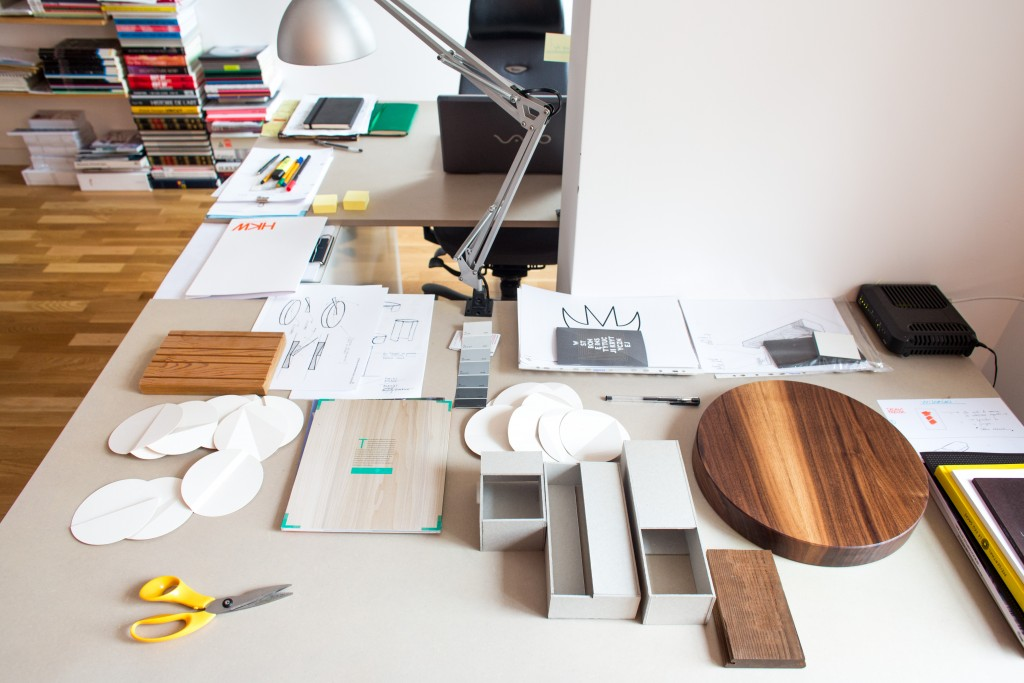 Maquettes and material samples that are essential to the designer's practice