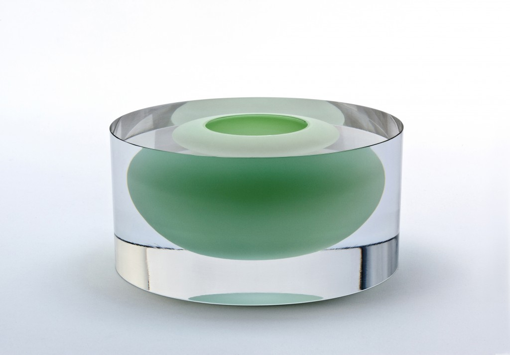 Clear Cylinder with Floating Cooper Bowl