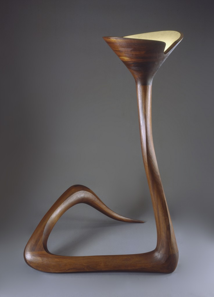 Serpentine Floor Lamp (1965) Mahogany, Photo courtesy of The Montreal Museum of Fine Arts