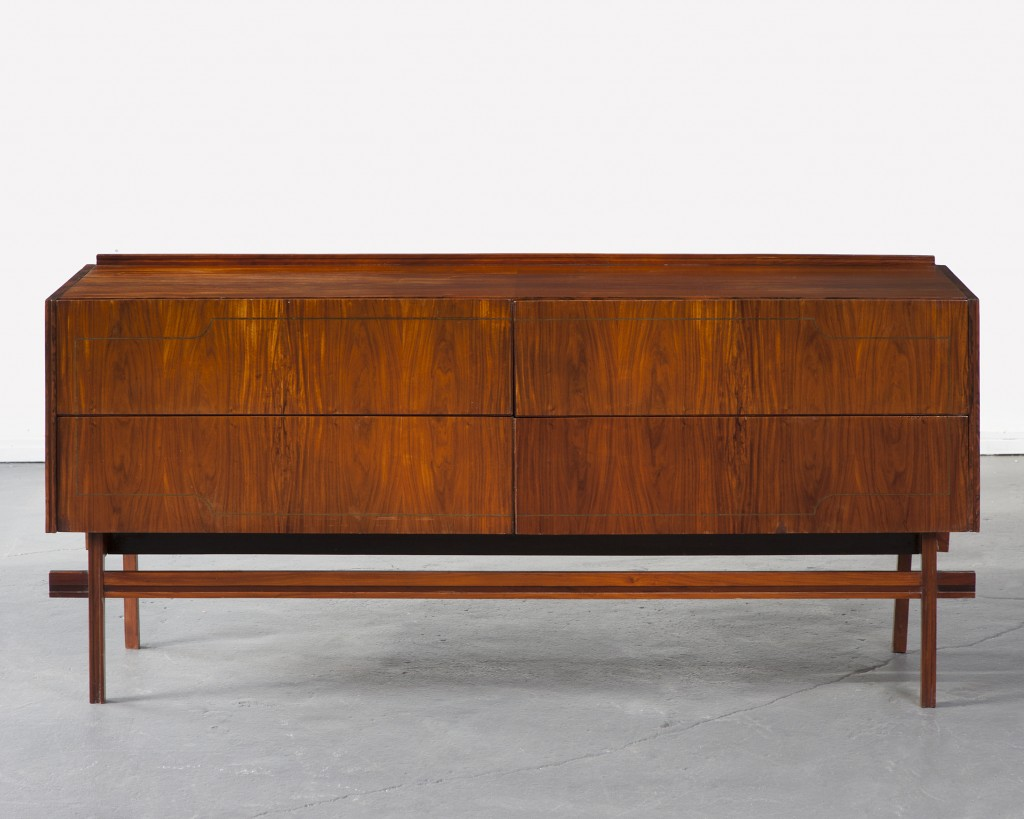 Credenza with four drawers in jacaranda. Designed by Carlo Hauner for Forma, Brazil, 1960s.