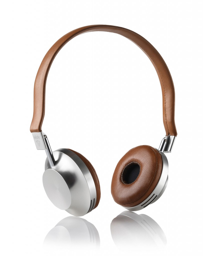 VK-1 headphones for Aëdle (2011). Copyright Aëdle.
