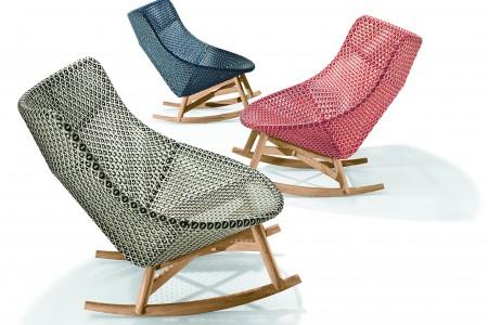 DEDON_MBRACE_Setting_Rocking_chairs_web