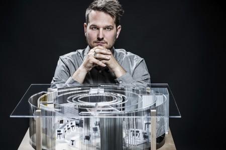DEU, Offenbach am Main, Studio Sebastian Herkner, 07. Juli 2015. Konzeptgespräch und Interview mit Sebastian Herkner zu seinem Projekt DAS HAUS auf der imm cologne 2016 der Koelnmesse GmbH.