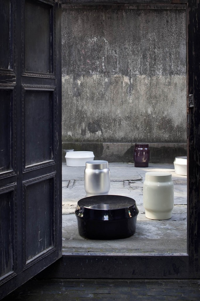 'Extrude' stool for De La Espada.