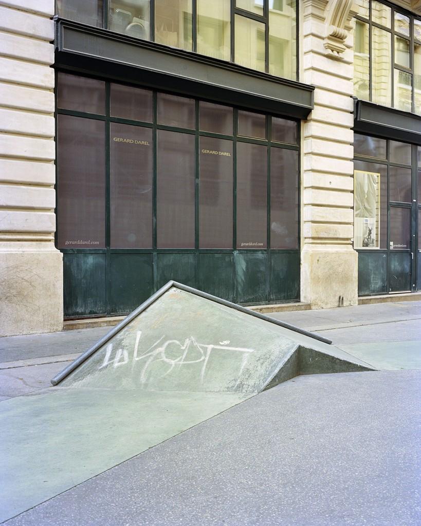 Skatepark rue Léon Clade, Paris. Agence Constructo & Raphaël Zarka, 2012. Photo Stéphane Ruchaud, 2016.