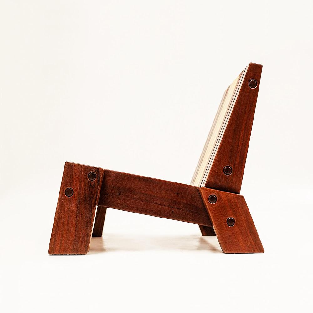 Pé lounge chair (2016)