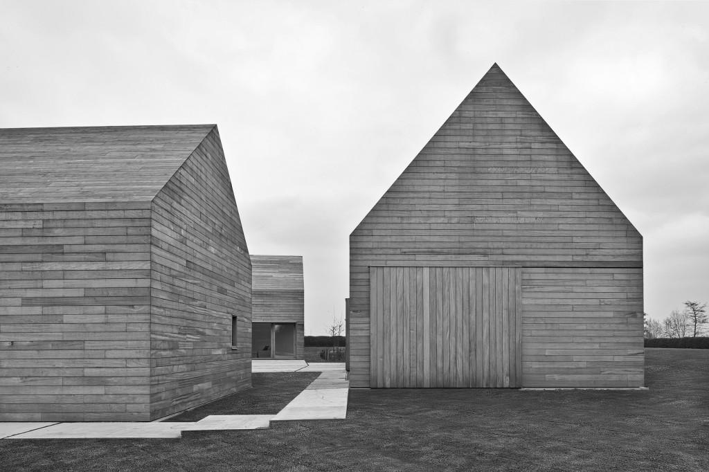 Vincent Van Duysen Architects: DC II Residence. Tielrode, Belgium. 2007—2012. Photo Koen Van Damme Architectural Photography.