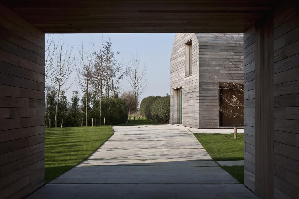 Vincent Van Duysen Architects: DC II Residence. Tielrode, Belgium. 2007—2012.