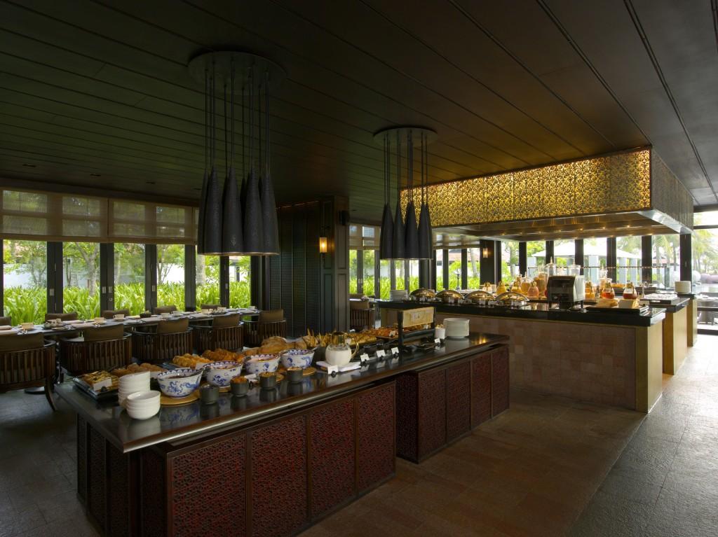 NAM-Dining-The Restaurant-Open Kitchen05