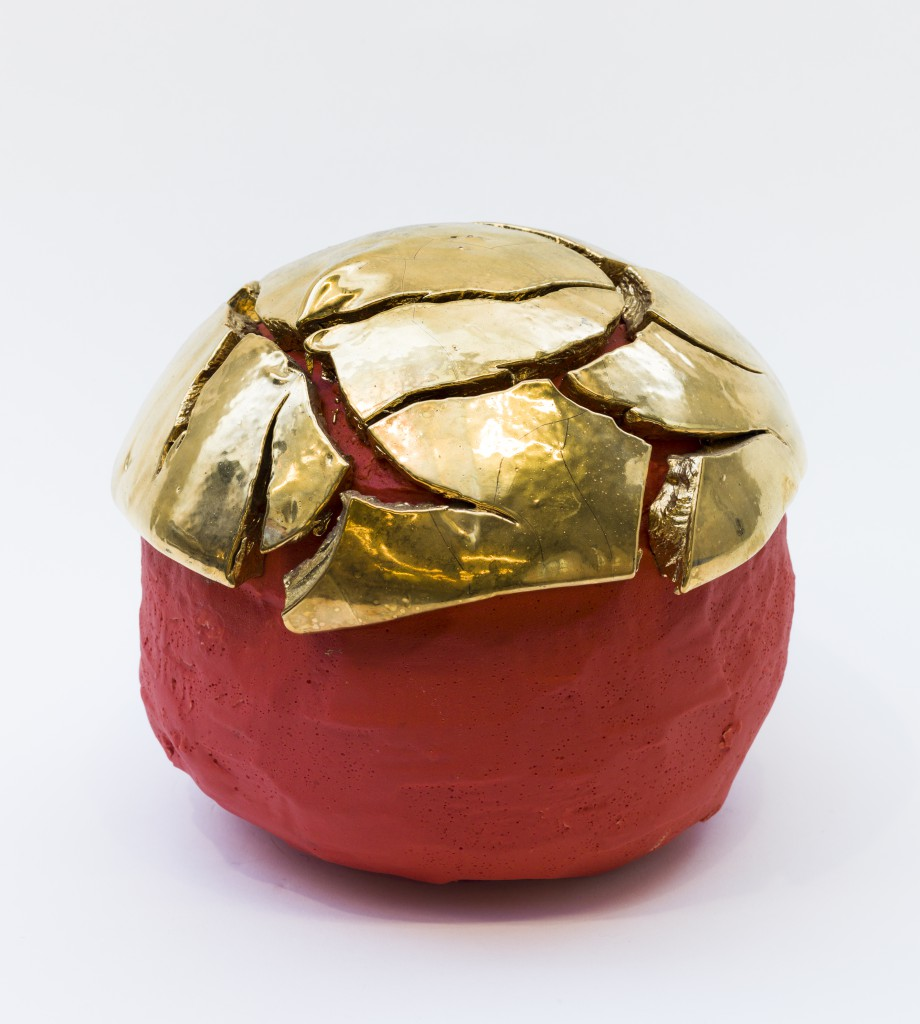Takuro Kuwata, Red-Slipped Gold Kairagi Shine Ball, 2011