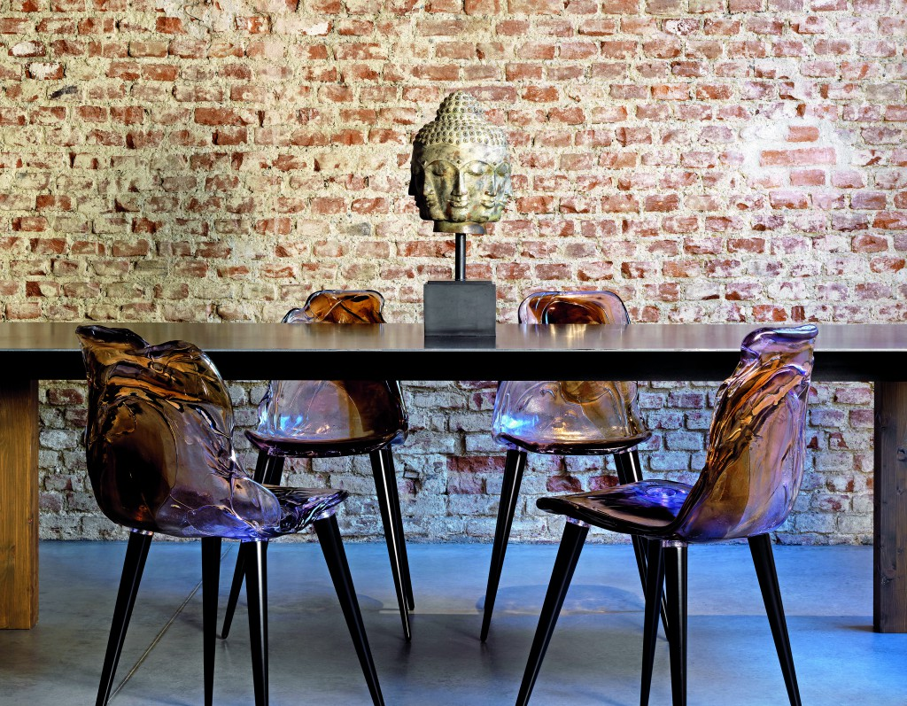 Jacopo Foggini, Gilda B. (Gilda Bojardi, dir. Interni magazine), chaises / chairs, polycarbonate extrudé / extruded polycarbonate