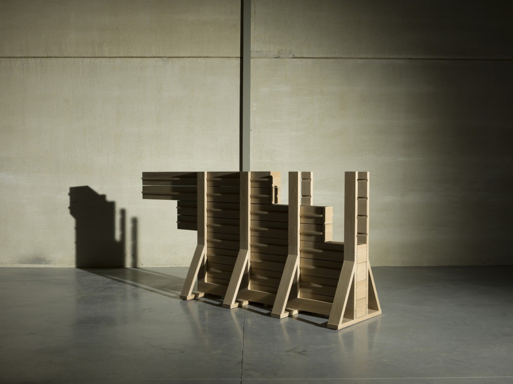 Brug (Bridge) by Casimir is an innovative construction which brings architecture into a design piece of furniture. We may see a bridge which is quite surrealistic when speaking about cabinetmaking !