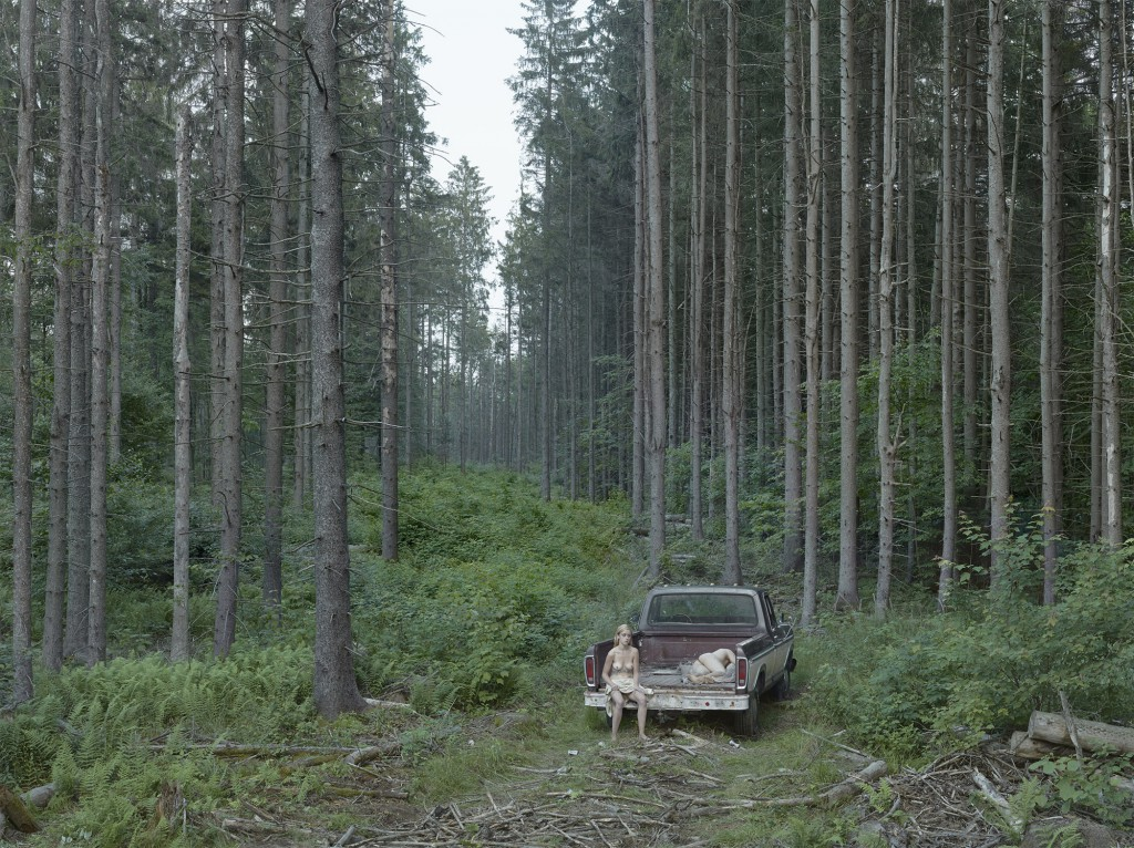 "Daniel Templon presents ""Gregory Crewdson: Cathedral of Pines"". Image: Gregory Crewdson, ""Pickup Truck"", 2014. Digital pigment print: 95,3 x 127cm / 114,5 x 146,2 cm ( framed). Edition of 3 + 2 EA. ©Gregory Crewdson, Courtesy Gagosian Gallery"