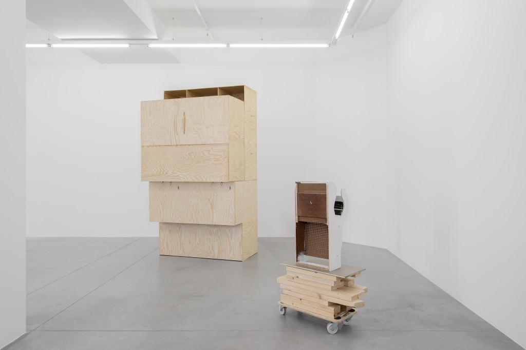 "Hopstreet Gallery presents Pieterjan Ginckels: ""LEAKERS"".  Image: Gallery view of ""Pieterjan Ginckels –LEAKERS"" © hv-studio, courtesy the artist & Hopstreet Gallery"