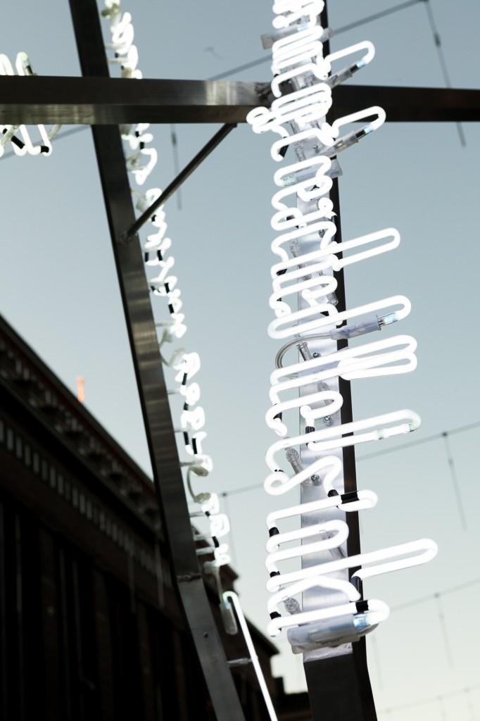 HDW2016_Helsinki_timepost_installation_by_Joanna_Rajkowska_photo_Aino_Huovio_5