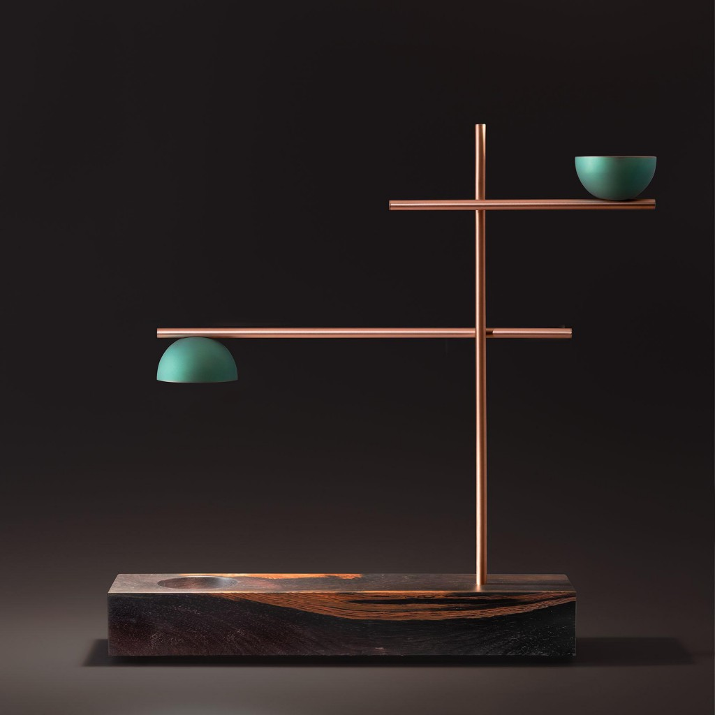 FM Table lamp, as part of the Sintonia Fina collection