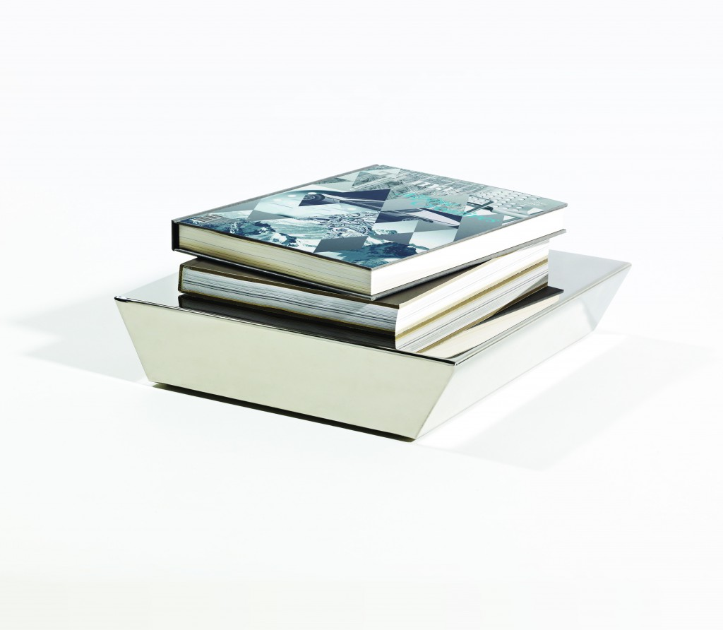 Jessica Signell Knutsson (SE), Böcker VI, a booksocle in polished stainless steel, cm 7H x 33D x 33W, 2015. ©John Gripenholm