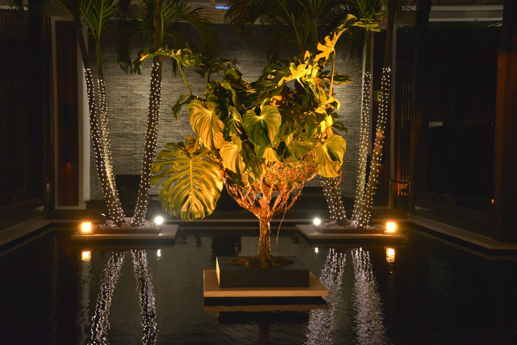Tree Vase XXL installation at The Setai hotel during Design Miami. Photo: Manny Hernandez