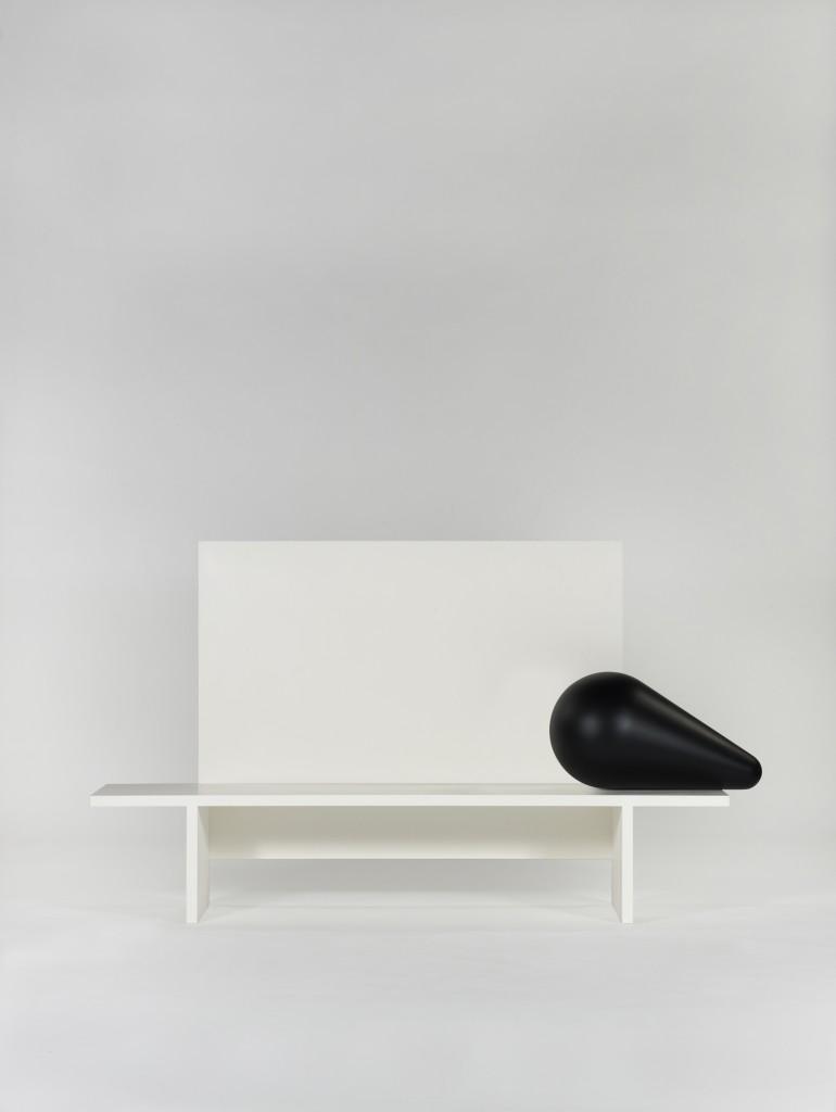 Ignotus Nomen honeycomb resin bench with Joachim Jirou-Najou for Galerie Kreo (2011). Photo: Fabrice Gousset