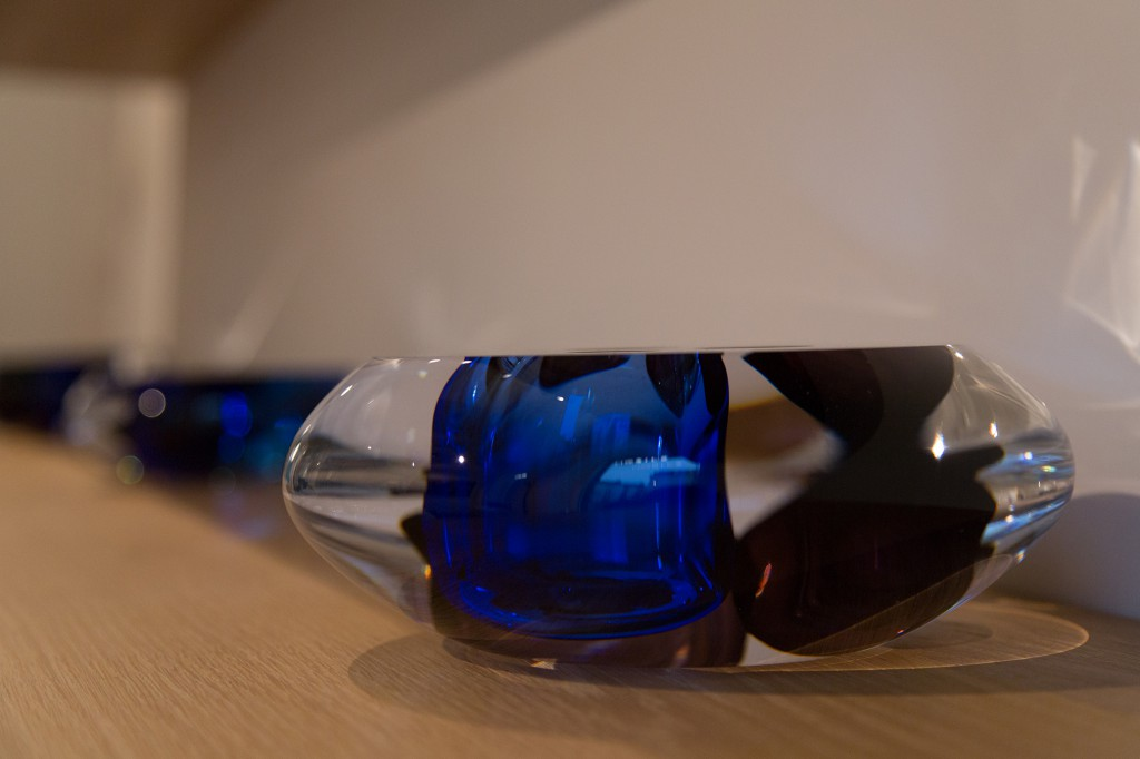 N°15 - On Colours (low – deep blue) installation view of Crystallized at Spazio Nobile until April 19. Crystal and coloured glass, free blown glass, 9 h x 22 cm diameter, 2016, unique piece.