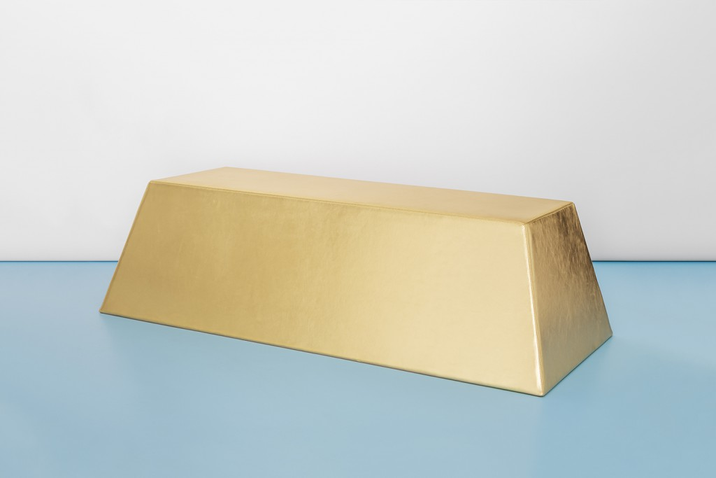 Lingottone, gold leather bench, 2017. Photo: Delfino Sisto Legnani.