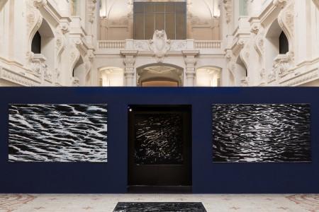 Liquid Marble by Mathieu Lehanneur, installation at Musée des Arts Décoratifs. Photo: Michel Giesbrecht