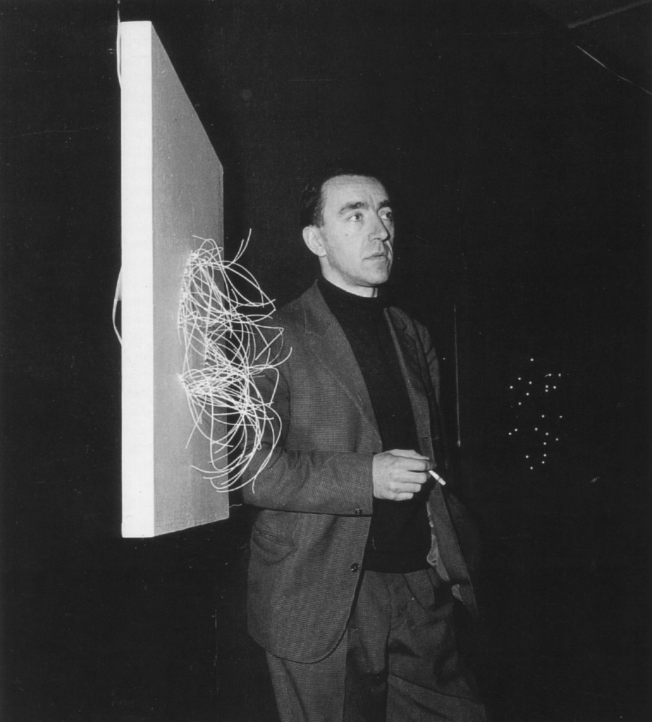 Pol Bury at the exhibition entitled Pol Bury. Ponctuations érectiles et molles, Smith Gallery, Brussels, 1961, photographer unknown