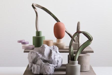 Platform, 2017, stoneware, porcelain, courtesy Officine Saffi
