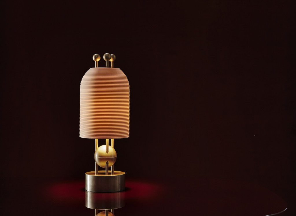 APPARATUS - LANTERN TABLE LAMP - LIT