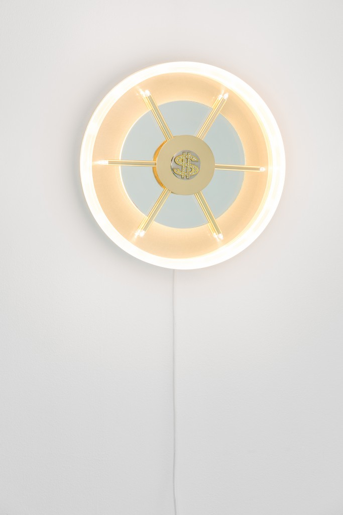 Caveau, wall lamp in opaque plexiglass with polished brass structure and ultra-white glass, 2017. Photo: Delfino Sisto Legnani.