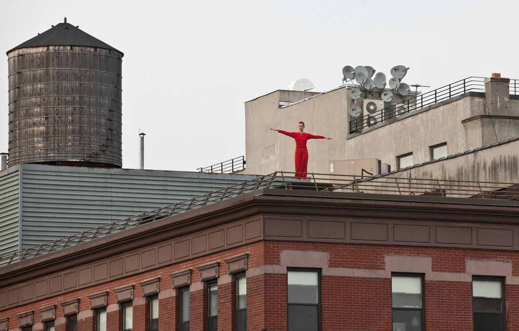 Trisha Brown Dance Company, Roof Piece, 1971. A High Line Performance. Rooftops surrounding the southern end of the High Line. June 9 – 11, 2011. Photo by Lev Radin. Courtesy of Friends of the High Line.