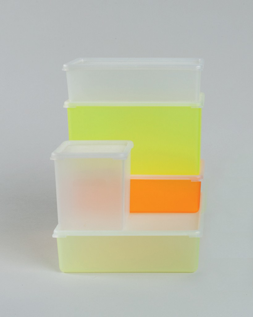 Use-It Containers, 1995. Produced by Authentics. Photo Antoine Bootz