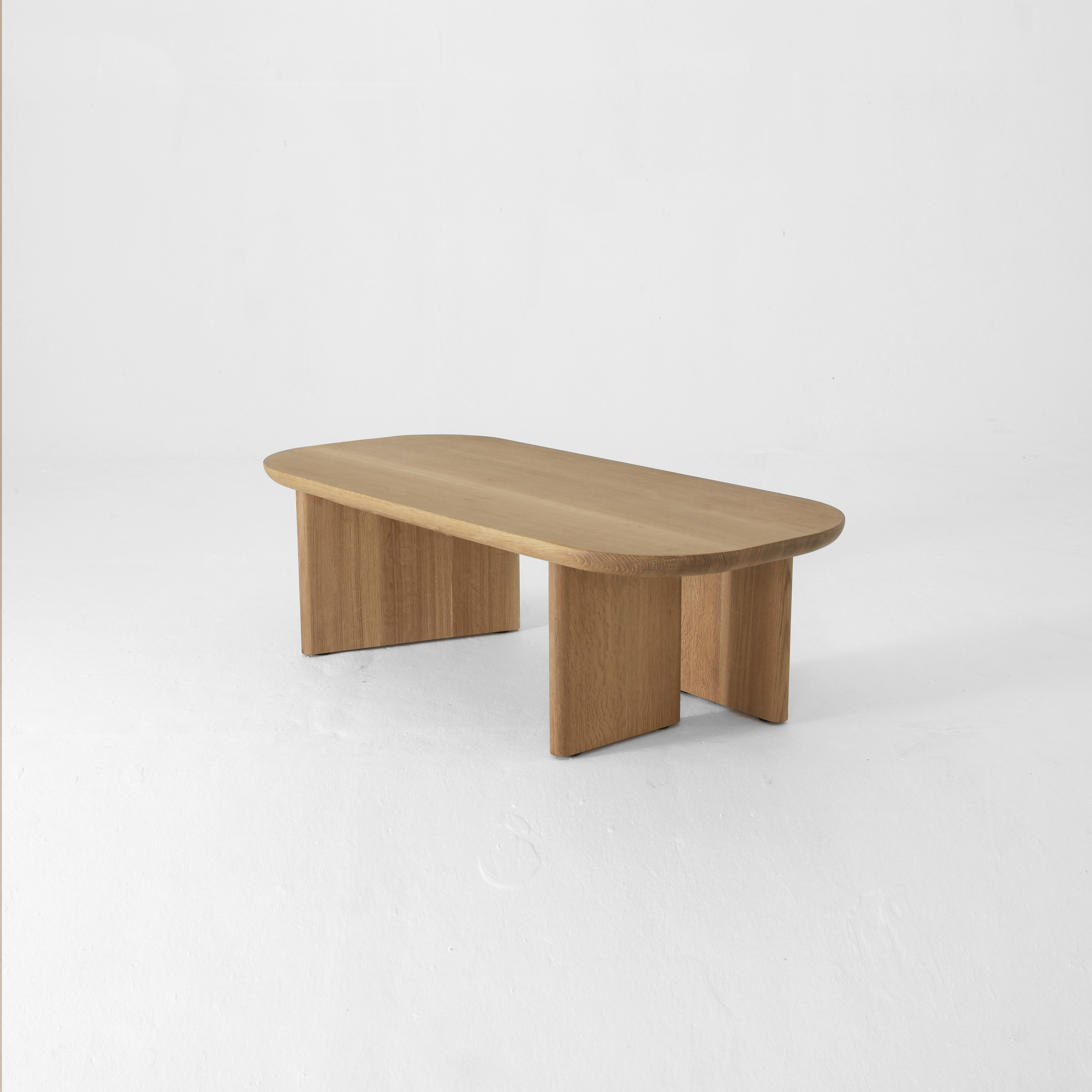 Classon Table