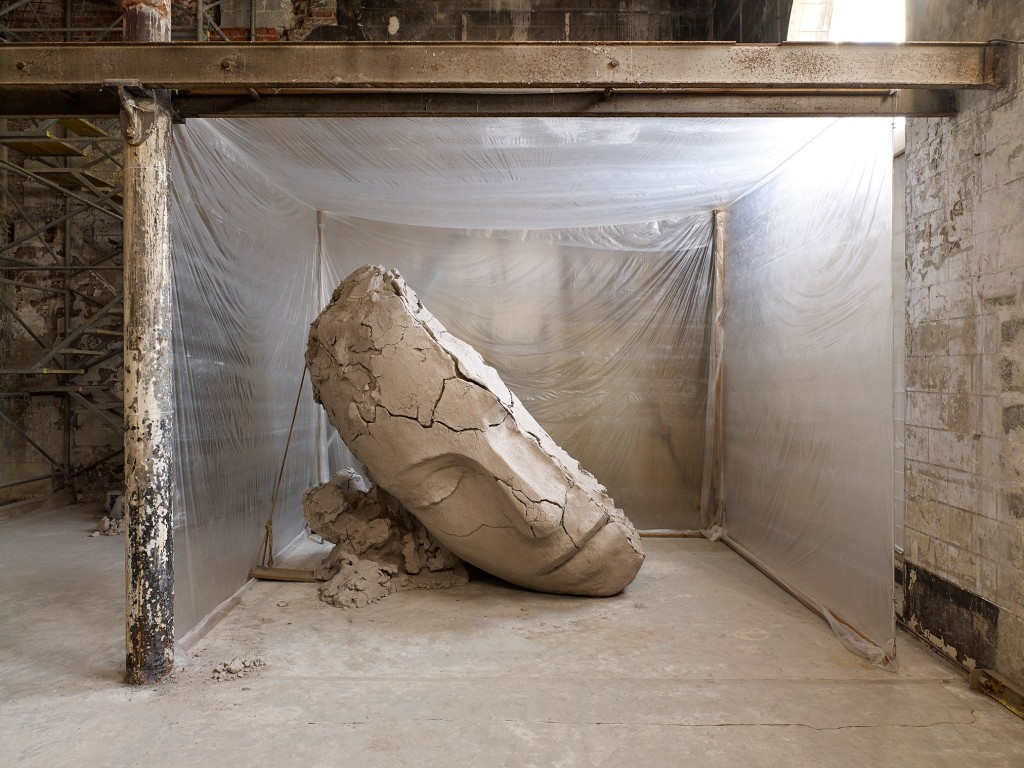 Mark Manders, The Absent Museum installation view