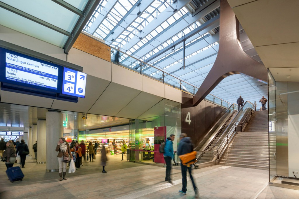 Rotterdam Central Station, designed in collaboration with Benthem Crouwel Architects and MVSA. Photo: Jannes Linders